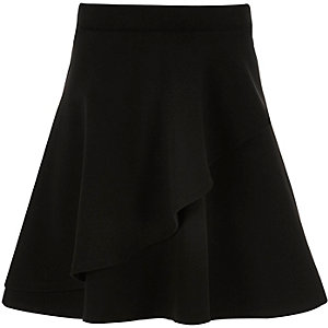 Girls black flippy double layer skirt