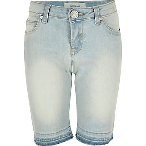 Girls light wash denim skinny knee shorts