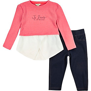 Mini girls pink slogan top leggings outfit