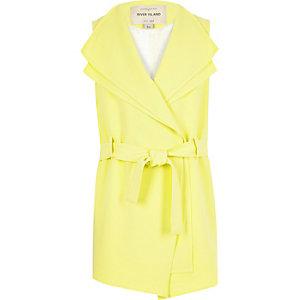 Girls light yellow sleeveless jacket