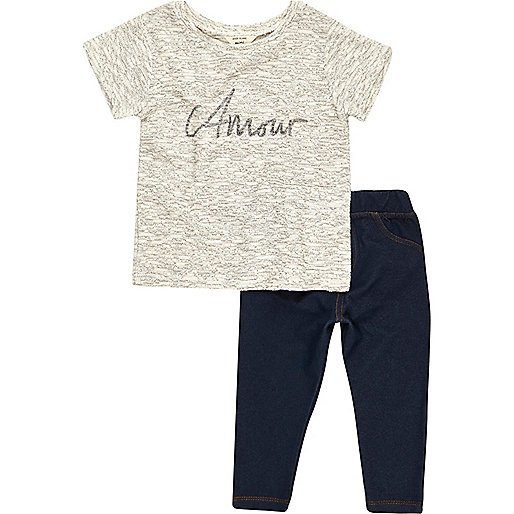 Adore – Blaues Outfit mit T-Shirt und Leggings