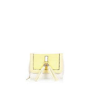Girls yellow tassel front purse