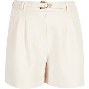 Girls cream D-ring buckle shorts