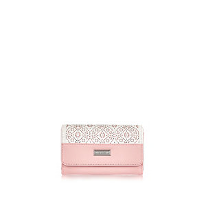 Girls pink trifold laser cut purse