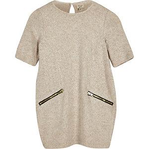 Beiges T-Shirt-Kleid mit Reißverschluss
