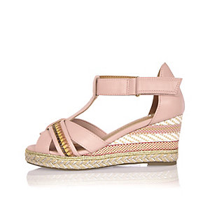 Girls pink pattern wedges