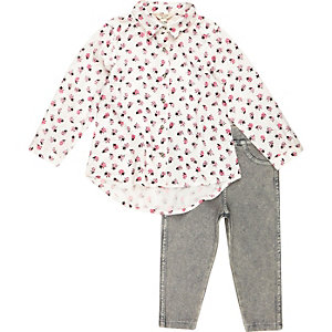 Mini girls white shirt leggings outfit