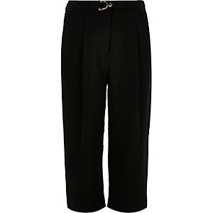 Girls black D-ring cropped trousers