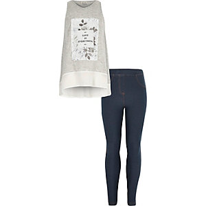 Girls grey floral print jeggings outfit