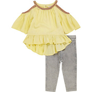 Mini girls yellow cold shoulder top outfit