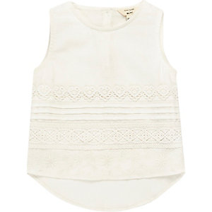 Mini girls white lace shell top