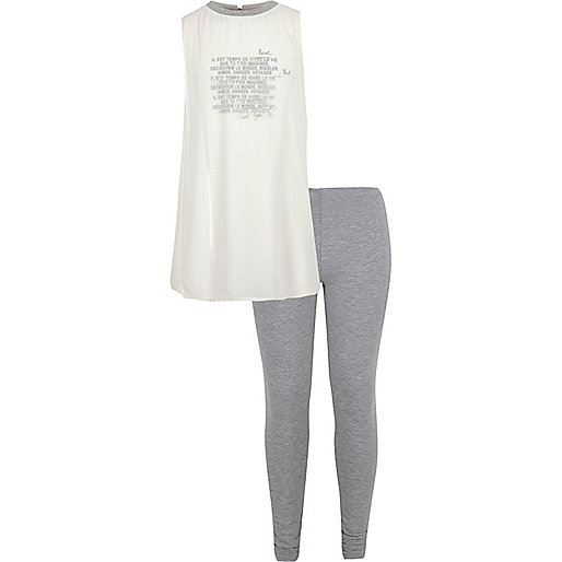 Girls cream top and leggings outfit
