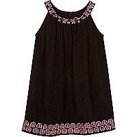 Mini girls black embroidered trapeze dress