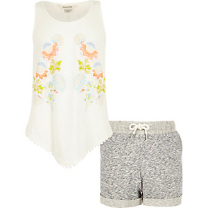 Girls white vest and shorts outfit