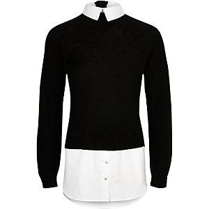 Schwarzer Pullover im Lagen-Look
