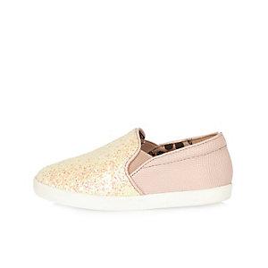 Mini girls pink sparkle plimsolls