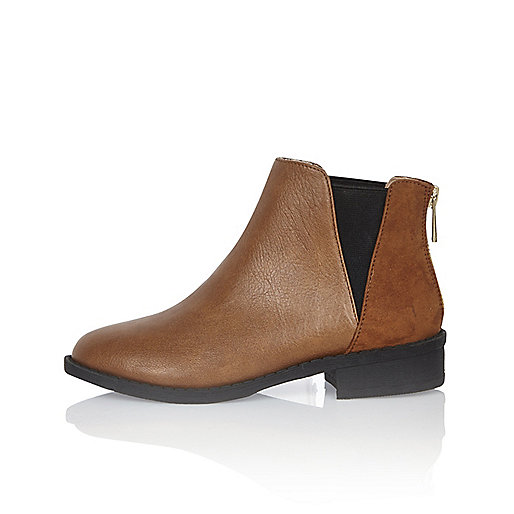 Girls tan Chelsea boots