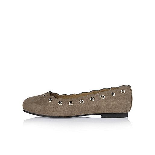 Girls mink eyelet ballerina shoes