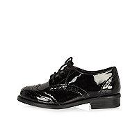 Chaussures richelieu vernies noires fille
