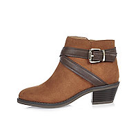 Girls brown wraparound Western boots