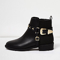 Girls black studded buckle boots