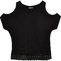 Mini girls black crochet hem top