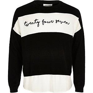 Schwarzer Pullover mit Einsatz