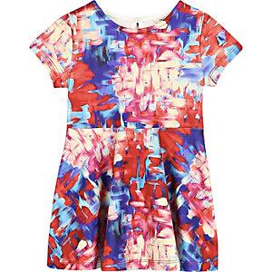 Rotes, bedrucktes Skater-Kleid