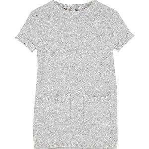 Graues, flauschiges Strick-Etui-Kleid