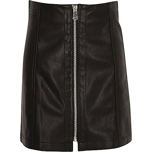 Girls black leather look zip mini skirt
