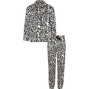 Girls pink leopard print pyjama set