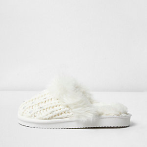 Girls cream faux fur knit mule slippers