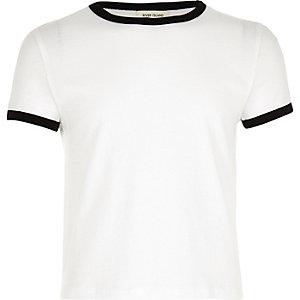 Weißes T-Shirt mit Kontraststreifen