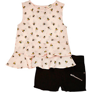 Mini girls light pink peplum shorts outfit
