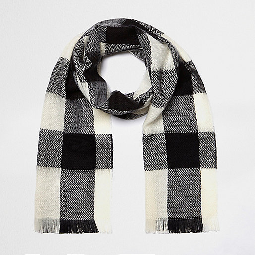 Girls black and white tartan scarf
