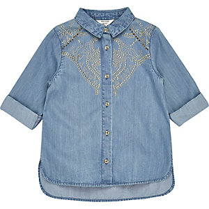 Mini girls blue stud denim shirt