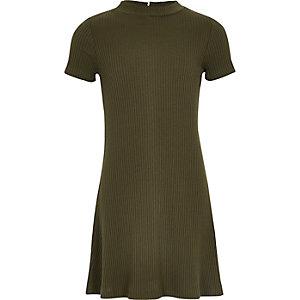 Ausgestelltes Kleid in Khaki