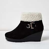 Girls black borg trim ankle wedge boots