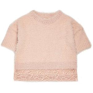 Pull en maille ultra duveteuse rose avec ourlet en dentelle mini fille