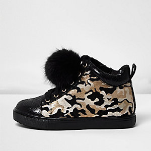 Girls khaki green camo pom pom sneakers
