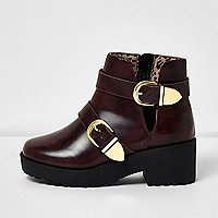 Girls dark red clumpy double buckle boots