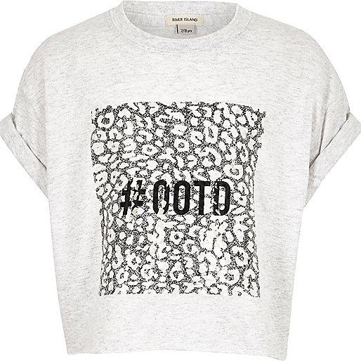 "Crop T-Shirt in Hellrosa mit ""#ootd""-Print"
