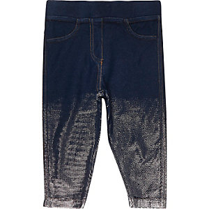 Dunkle Jeans-Leggings in Metallic