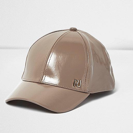 Girls caramel patent cap