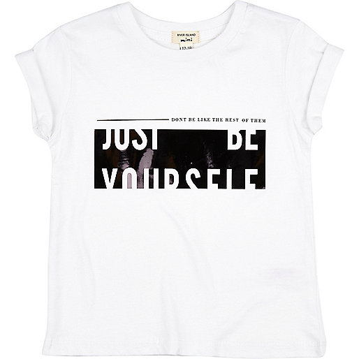 Weißes T-Shirt mit Newlife-Muster