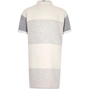 Weich strukturiertes Pulloverkleid in Creme