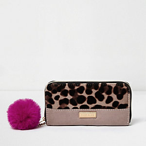 Girls pink leopard print zip around purse