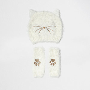 Girls cream fluffy cat beanie and handwarmers