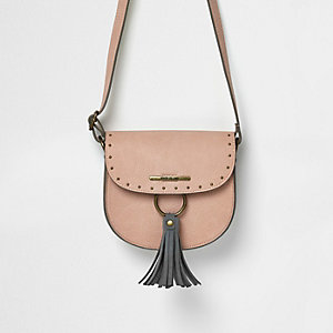 Girls pink tassel stud saddle bag