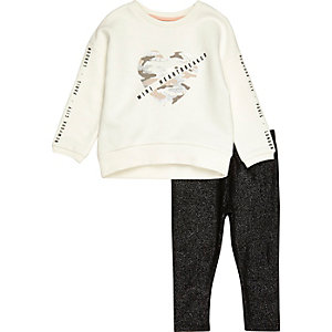 Mini girls sweatshirt and sparkly leggings